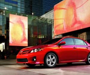 >Toyota остается самым популярным брендом мира